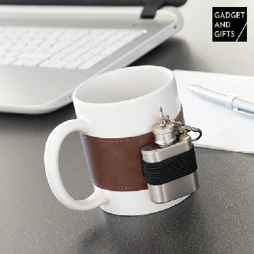 Keramisk mugg med metallplunta Gadget and Gifts