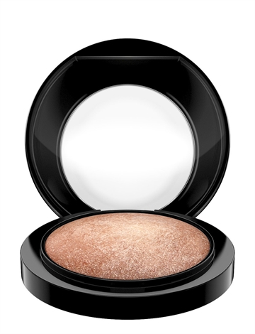 MAC Mineralize Skinfinish 10Gr Global Glow